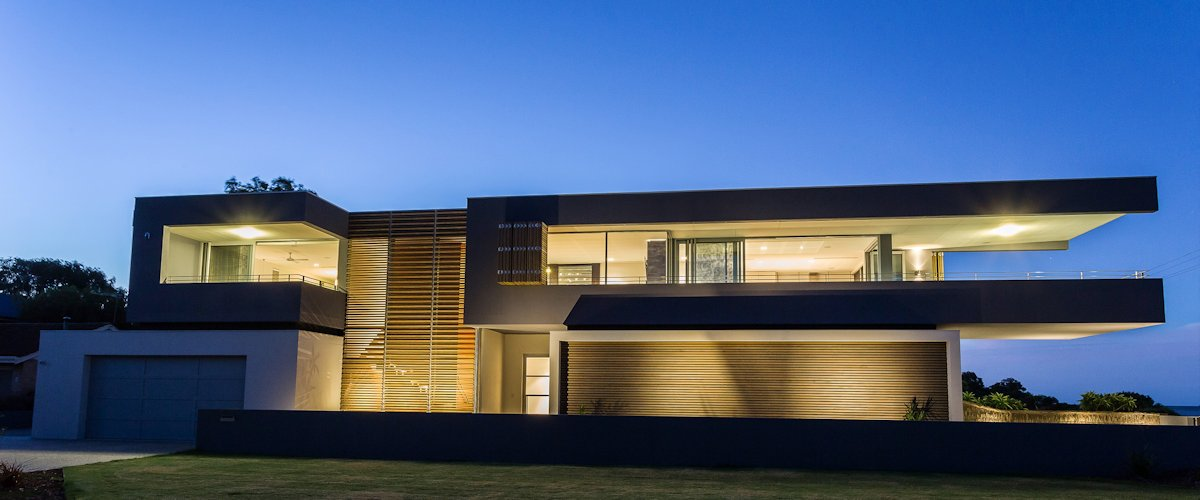 631-p048-beach-house-design-by-dane-design-australia